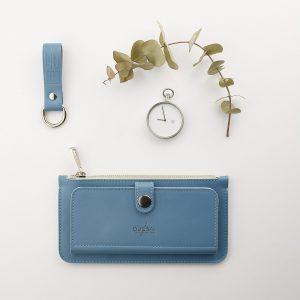 kék női pénztárca kék kulcstartóval