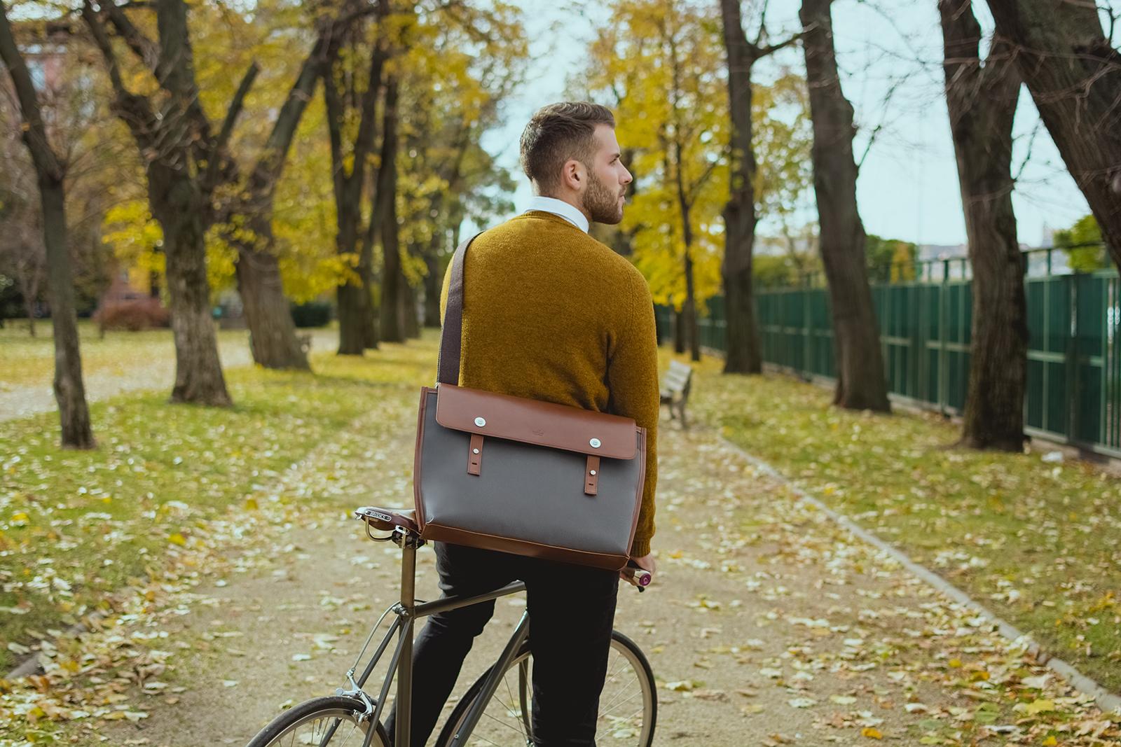aron férfi táska
