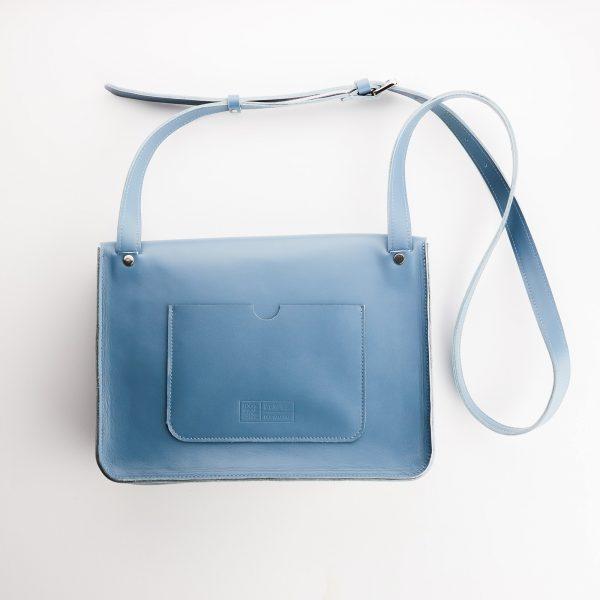 kék eve táska hátoldala nagy zsebbel